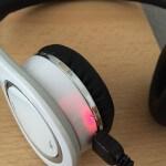 V7 Bluetooth Kopfhoerer Headset mit NFC - Akku laden